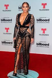 Jennifer López vestido negro