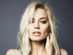 Margot Robbie natural sin maquillaje