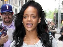 Rihanna-sin-maquillaje