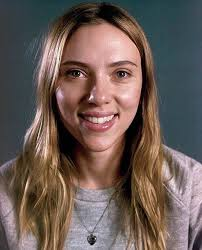 Scarlett Johansson sin maquillaje