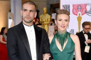 Scarlett johansson y romain