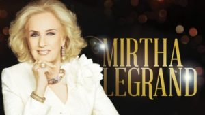 Mirtha Legrand almorzando