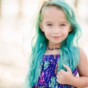mechas de colores para niña