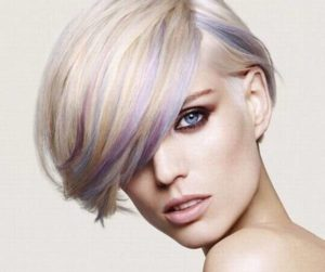 mechas de colores pelo corto