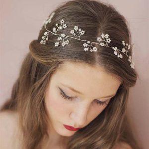 peinados con diademas melena larga