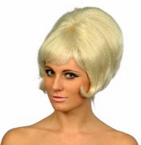 peinados años 60 en pelo corto