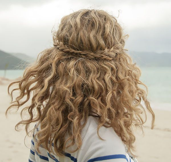 peinados pelo rizado