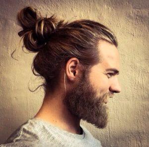cortes de cabello para hombres hipster coleta