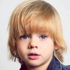 cortes de pelo para niños pelo largo