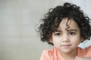 cortes de pelo para niños pelo rizado