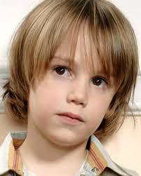 cortes de pelo para niños con pelo largo