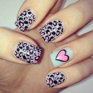 como pintarse las uñas animal print