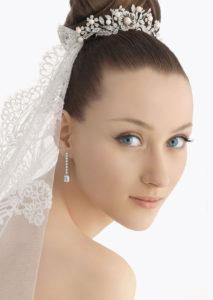 recogidos para bodas con moño alto