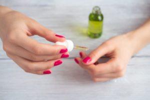 secador de uñas con aceite de oliva