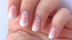 uñas de gel rosadas