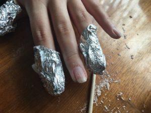 como retirar el esmalte semipermanente