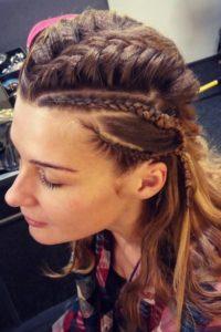Peinados rockeros con trenzas paso a paso