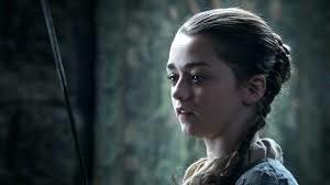 Diferentes peinados de Arya