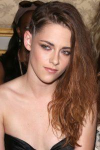 Kristen Stewart peinado rockero