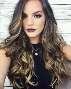 Peinado para cabello largo con ondas