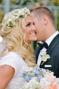 Peinados con flores para bodas