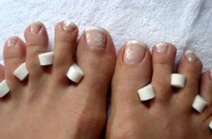 uñas francesas en los pies